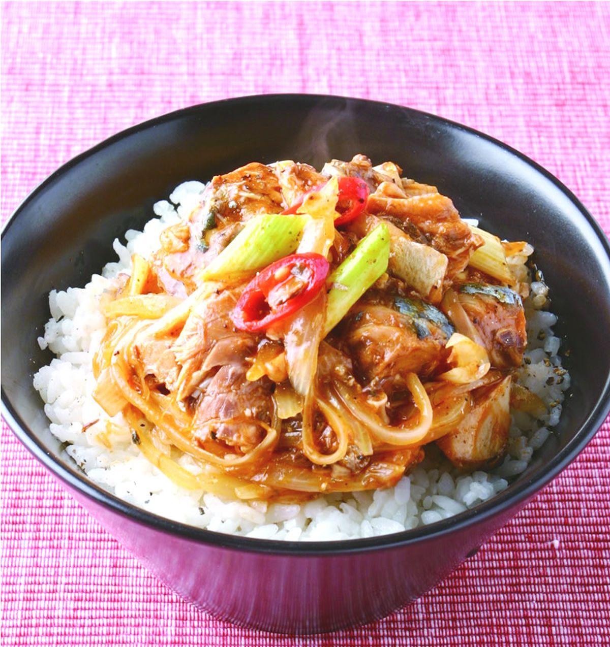 食譜:茄汁鯖魚青蔥飯