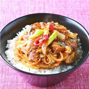 茄汁鯖魚青蔥飯