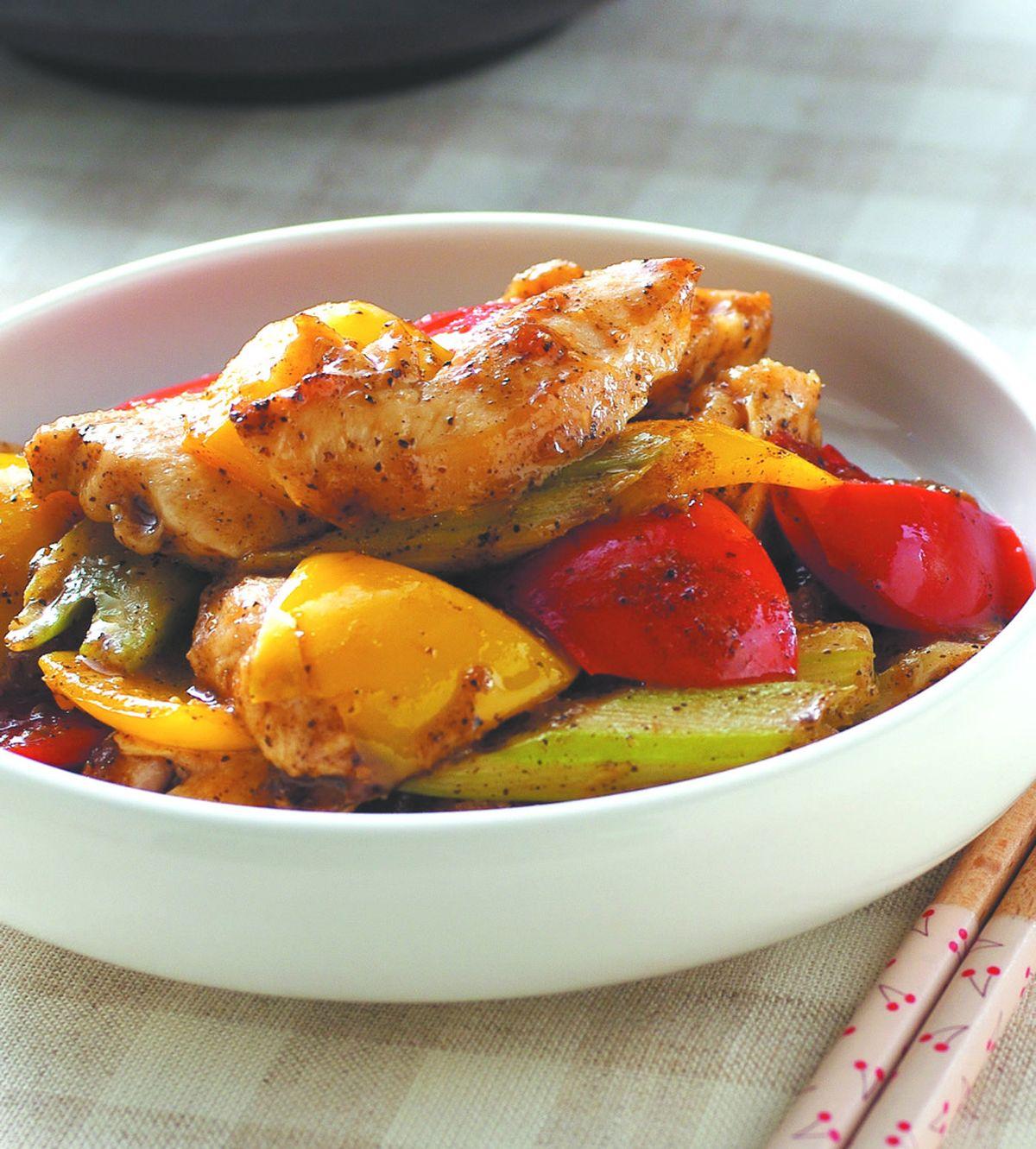 食譜:黑椒西芹雞片