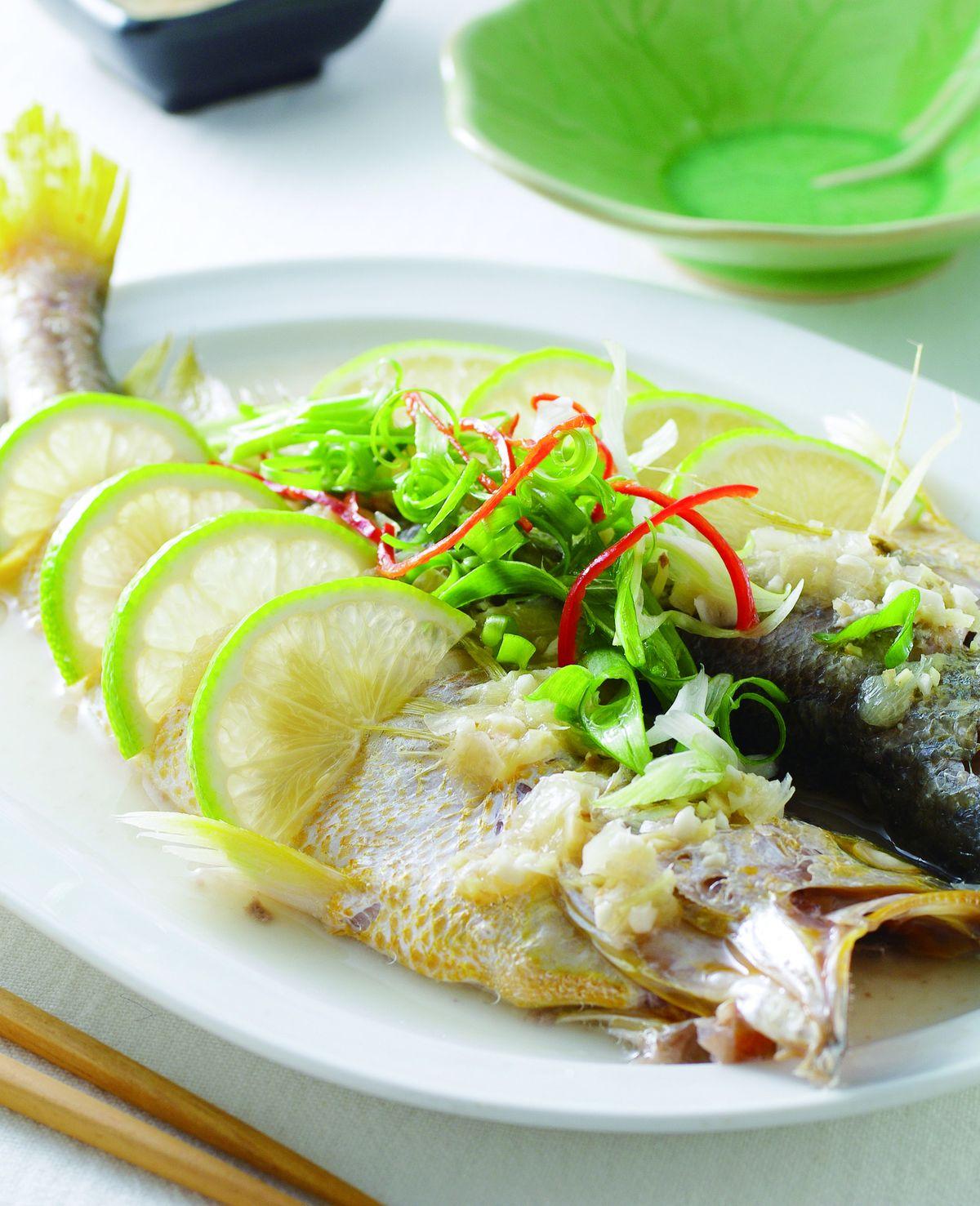 食譜:檸檬蒸黃魚