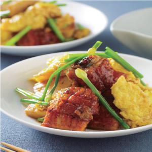 紅燒鰻魚蛋豆腐