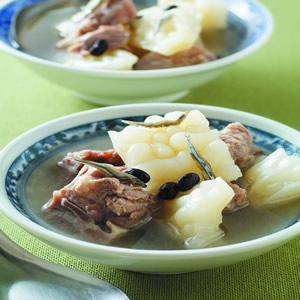 蘿蔔排骨湯(4)