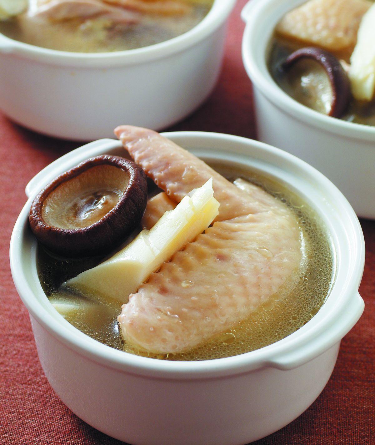 食譜:香菇竹筍雞湯(1)
