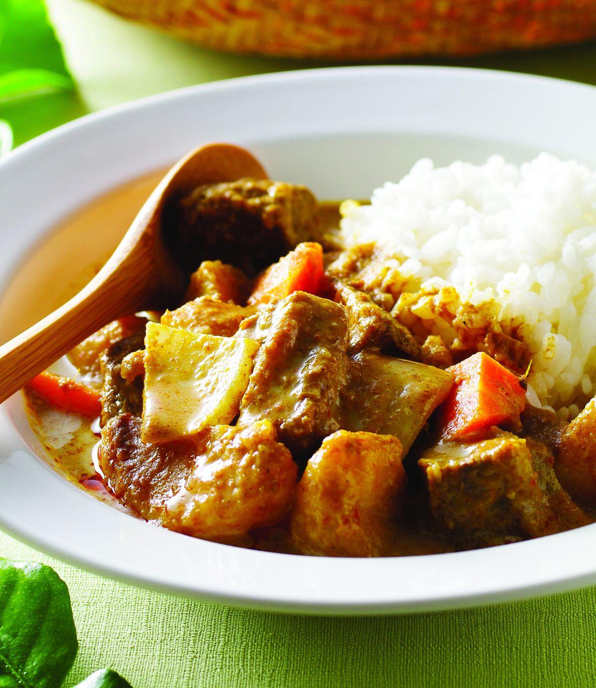 食譜:鮮奶咖哩牛肉