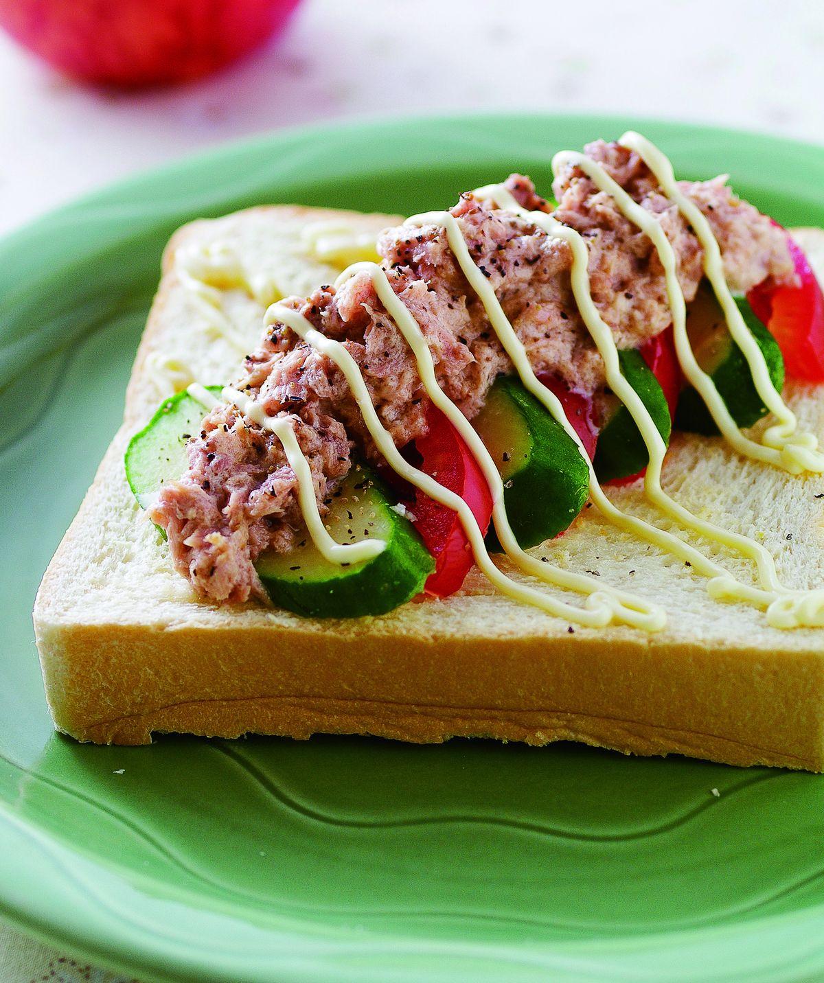 食譜:鮪魚醬黃瓜土司