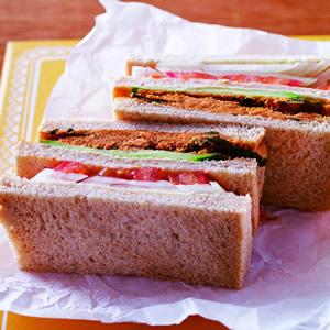肉鬆火腿三明治