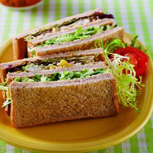 鮮蝦黃瓜三明治