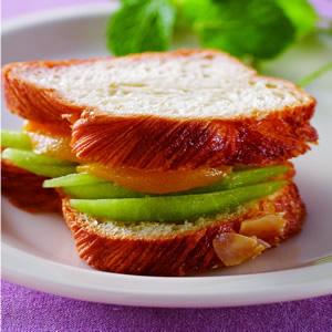 蜜桃甜瓜三明治