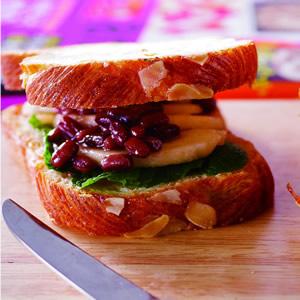 西洋梨紅豆三明治