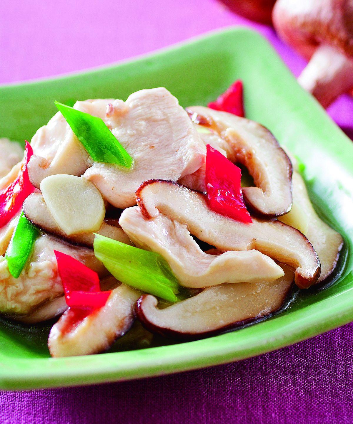 食譜:香菇炒嫩雞片