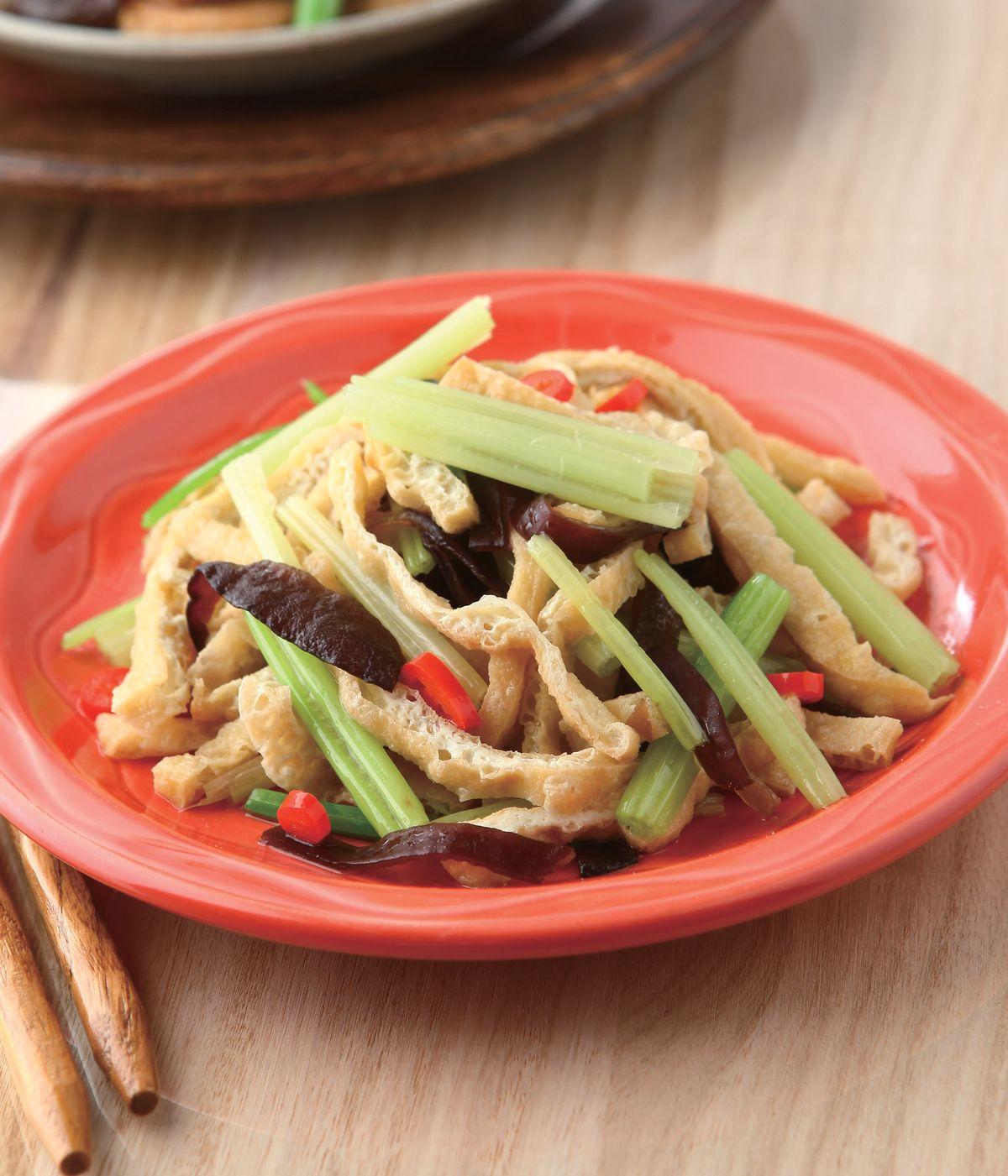 食譜:芹菜炒豆皮