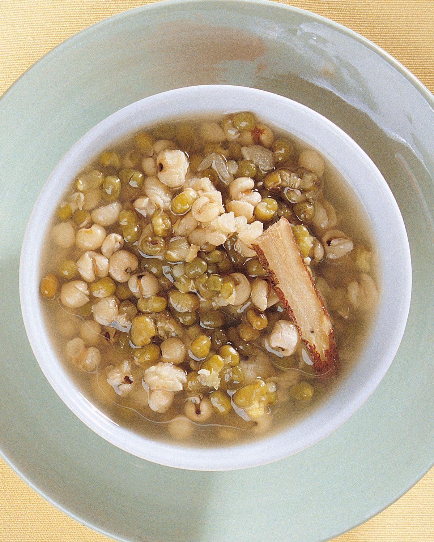 食譜:薏仁綠豆美膚除痘湯