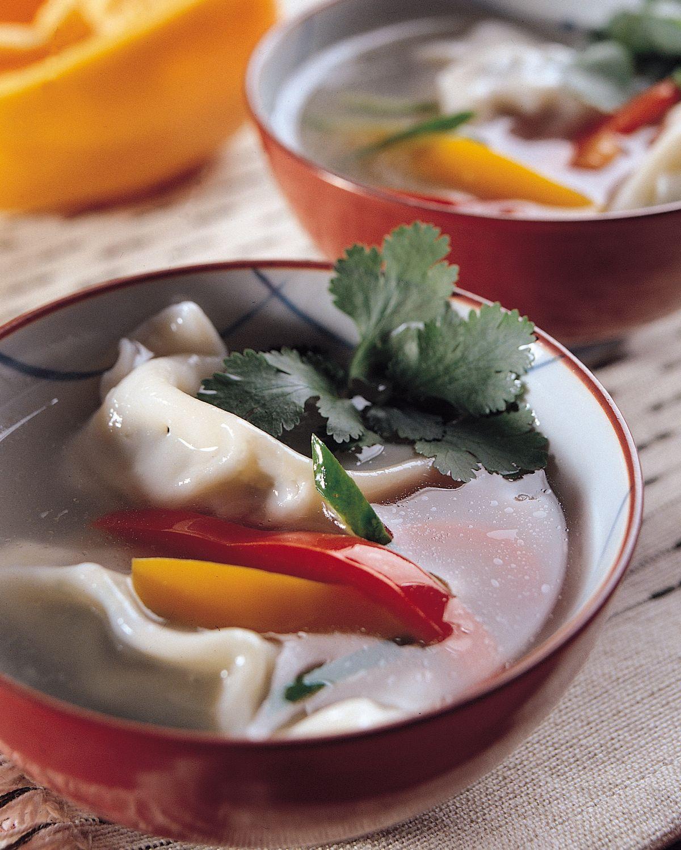 食譜:甜椒素餃子湯