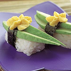 酪梨蛋黃握壽司