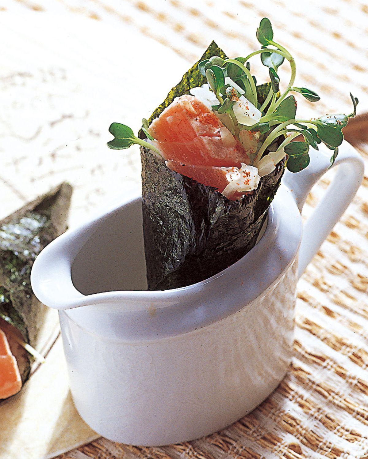 食譜:鮮辣鮭魚手卷