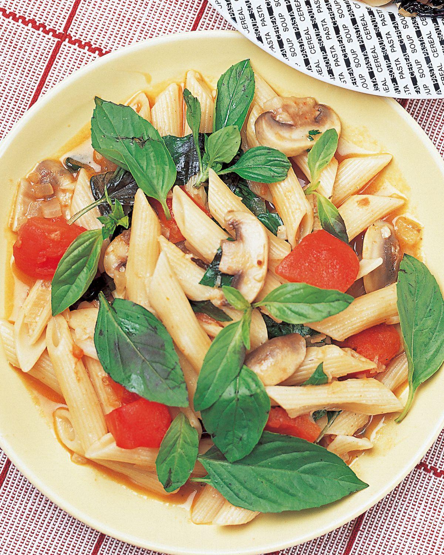 食譜:羅勒蕃茄義大利麵