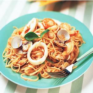 海鮮清醬義大利麵