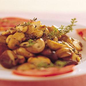 百里香炒野菇