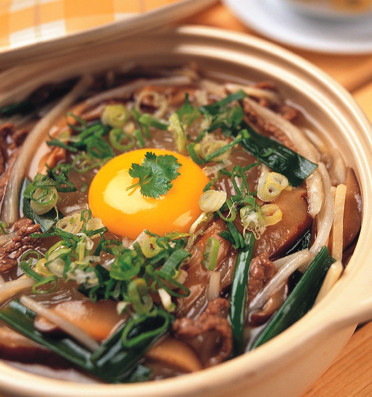 食譜:滑蛋牛肉粉絲煲