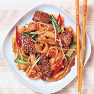 越南牛肉炒河粉
