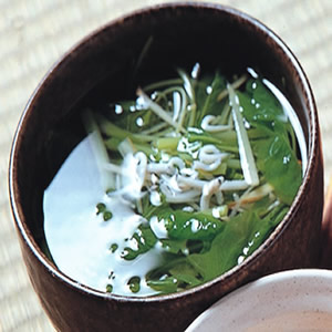 莧菜魚仔魚湯