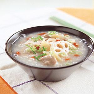潤膚鮮藕粥