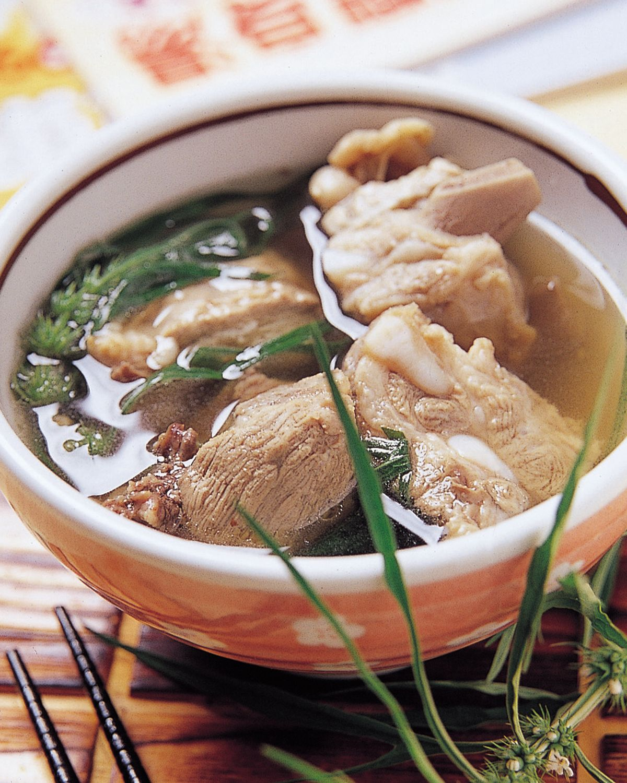 食譜:益母草排骨湯