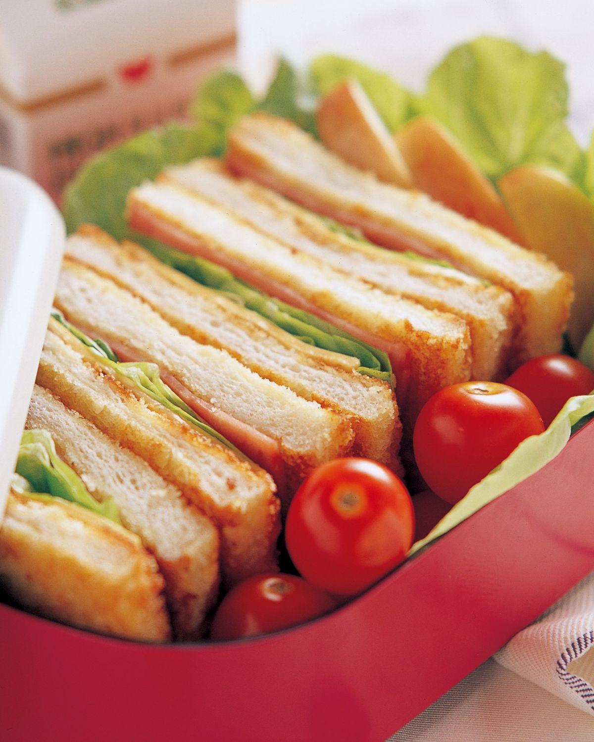 食譜:牛奶總匯三明治