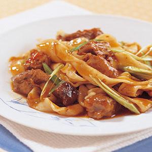 蘭州魯汁牛肉炒麵