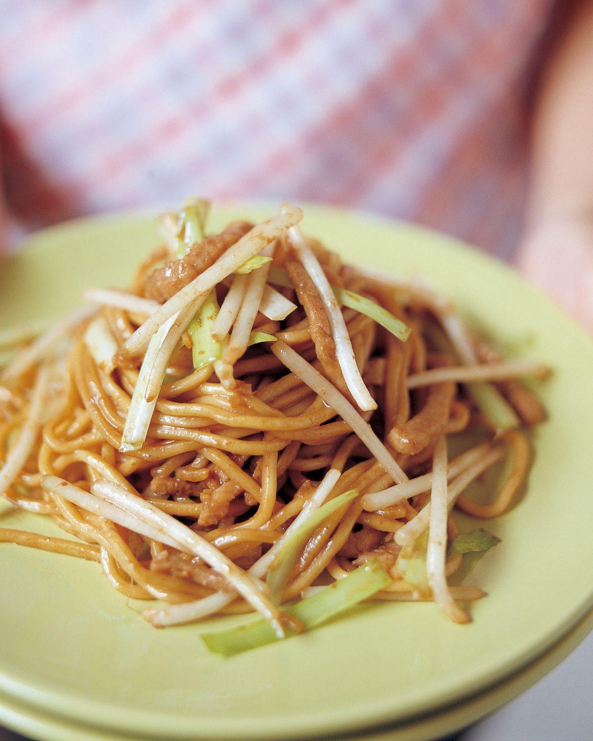 食譜:新加坡蝦醬肉絲炒麵