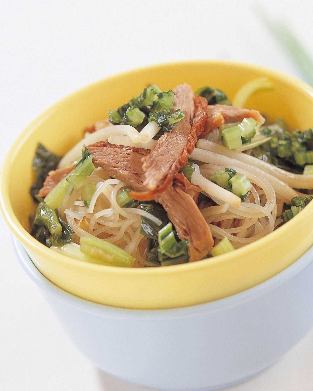 食譜:雪菜烤鴨絲燜炒米粉