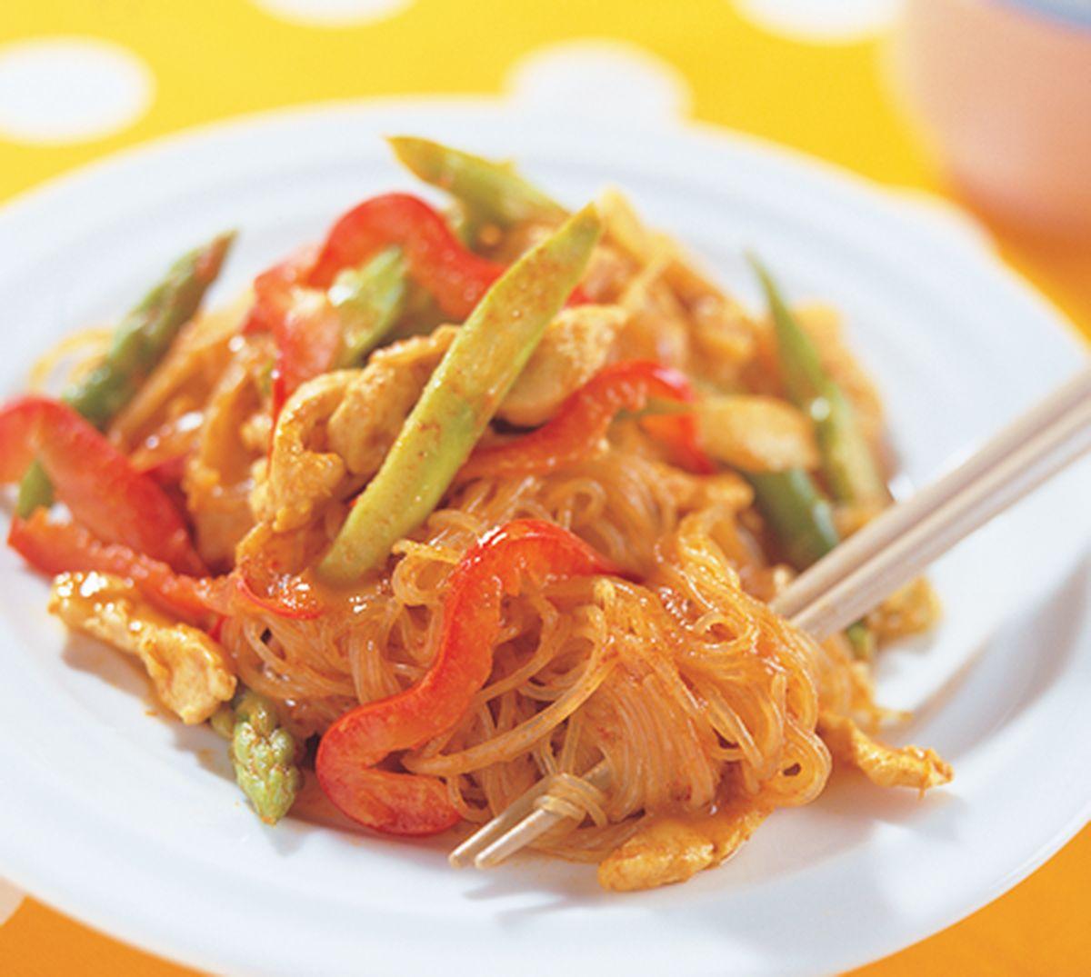 食譜:咖哩椰汁雞燜冬粉