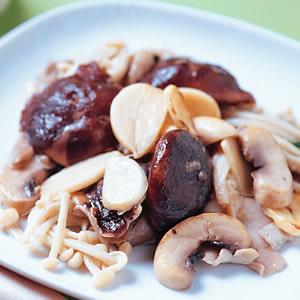 蒜炒什錦菇