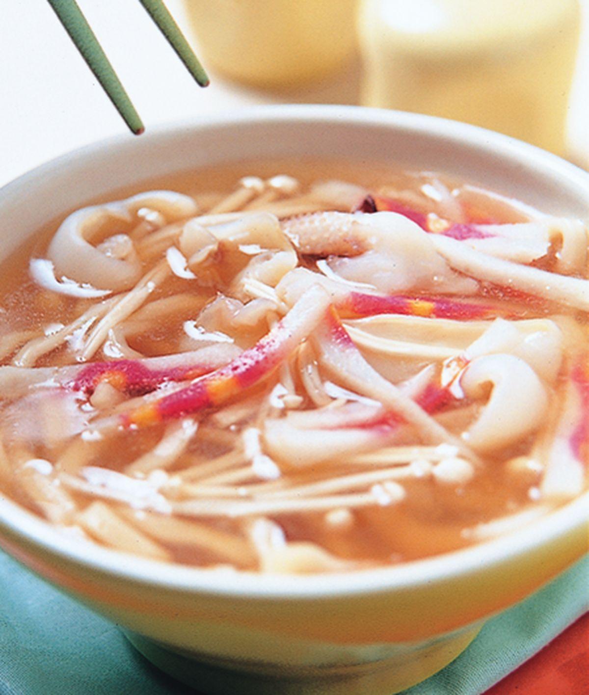 食譜:魷魚湯麵