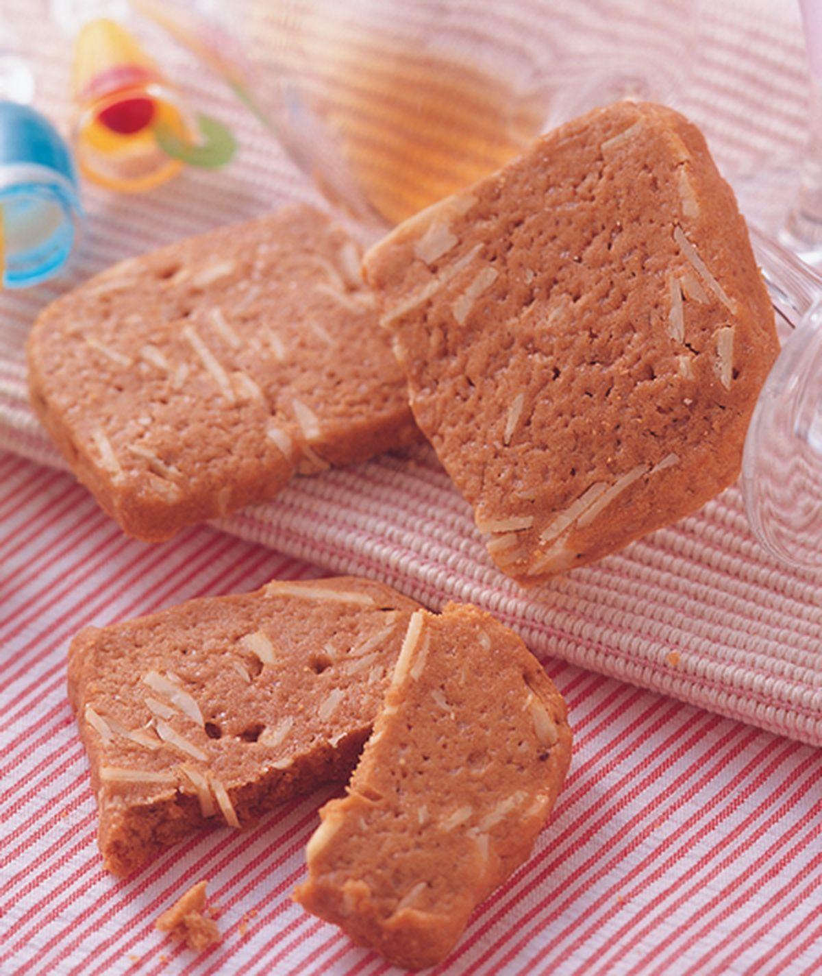 食譜:卡布奇諾碎杏小餅