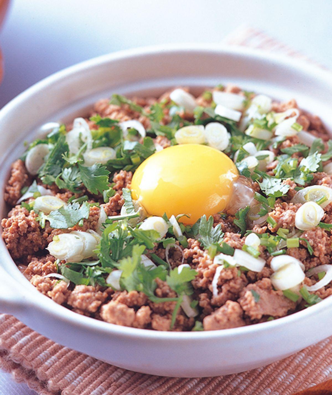 食譜:窩蛋牛肉煲飯