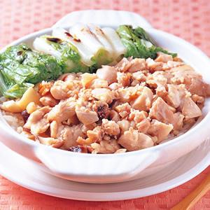 鹹魚雞粒煲飯