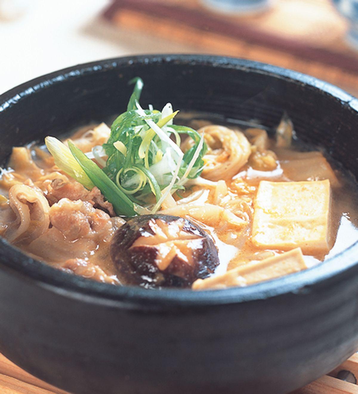 食譜:味噌泡菜鍋