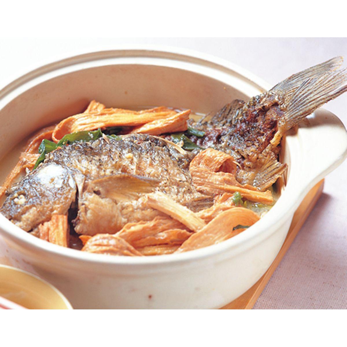 食譜:薑蔥鯉魚煲