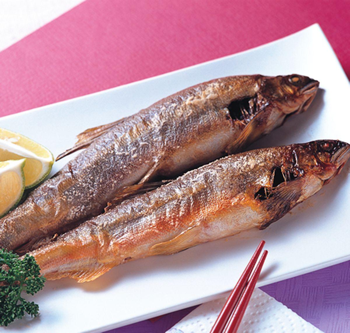 食譜:鹽烤香魚