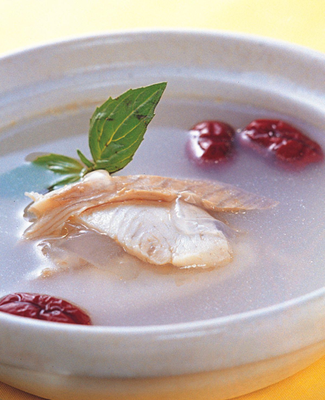 食譜:雪蛤紅棗鯛魚湯