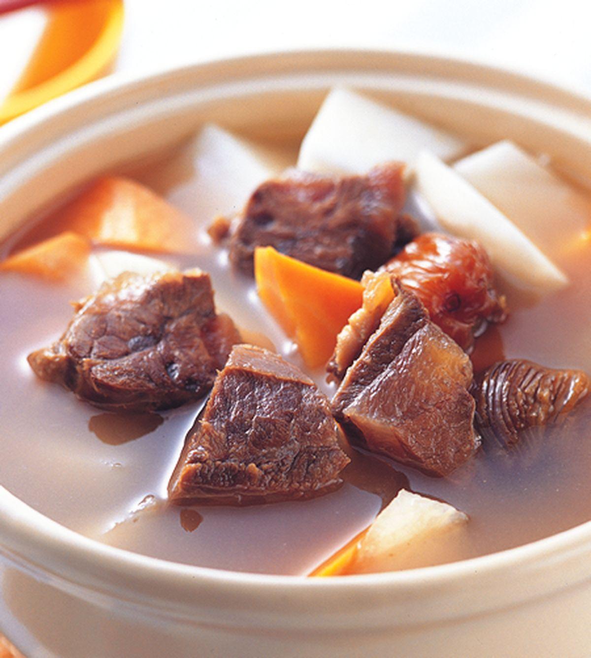食譜:青紅蘿蔔牛腩湯