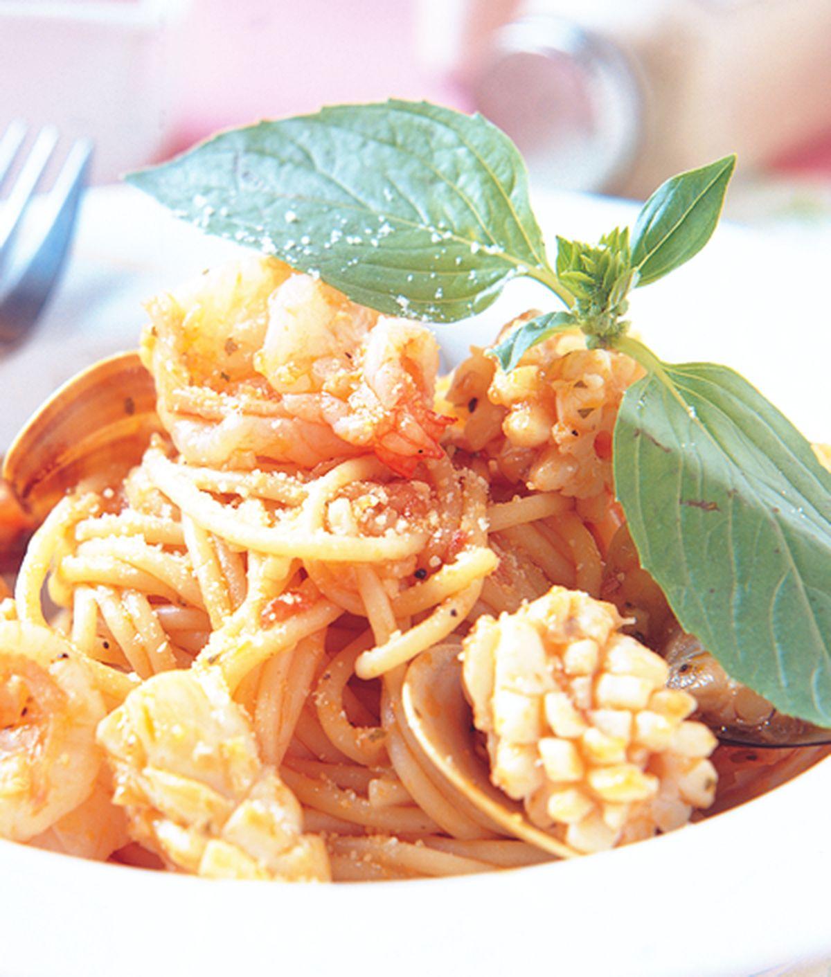 食譜:茄香海鮮圓麵
