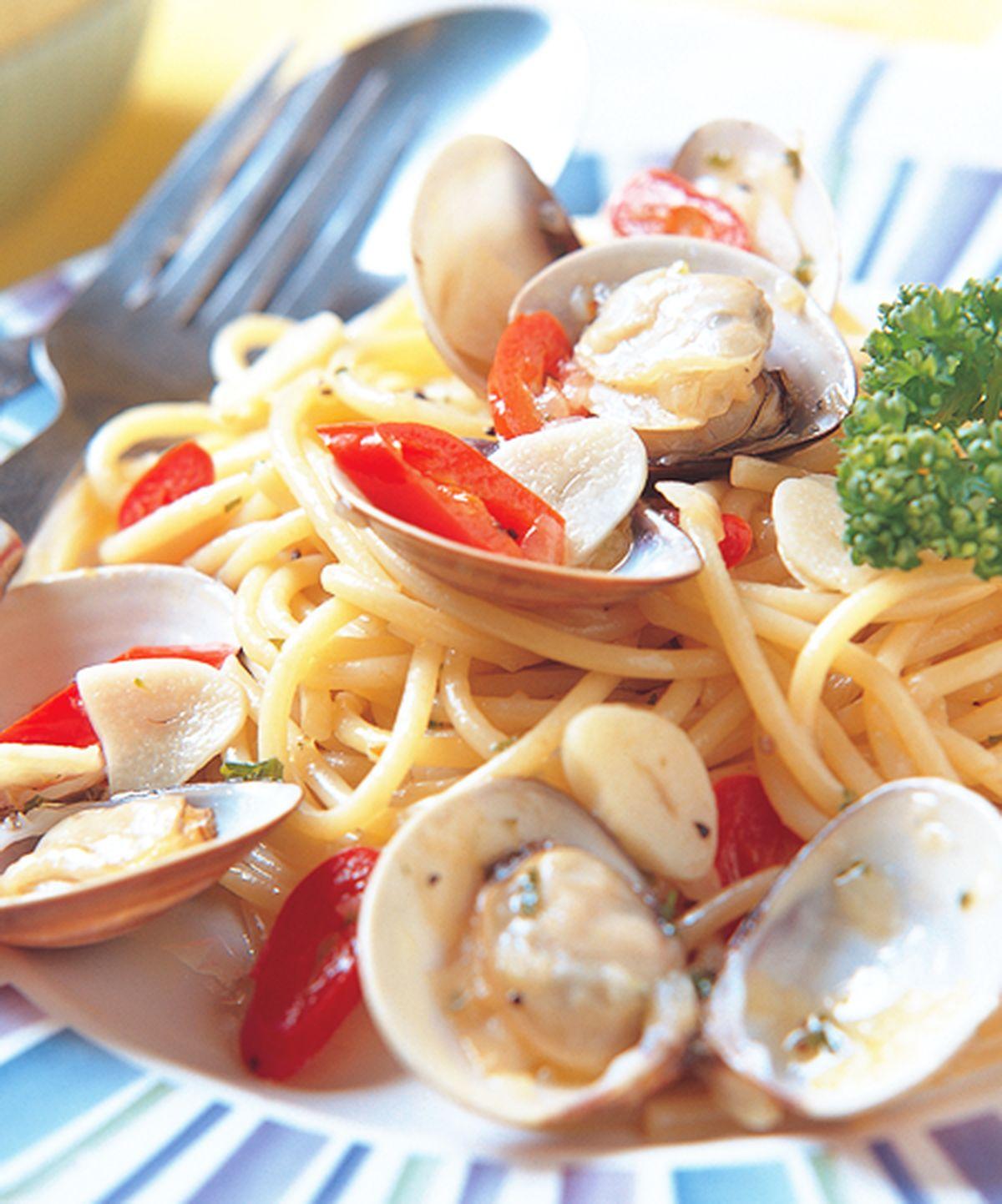 食譜:白酒蛤蠣圓麵