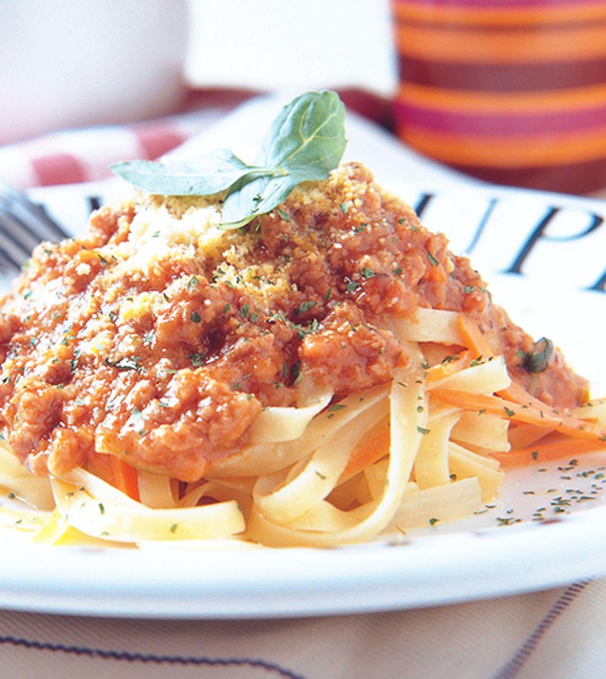 食譜:義大利肉醬寬麵