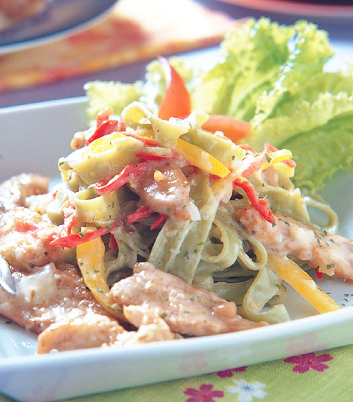 食譜:茴香豬柳菠菜麵
