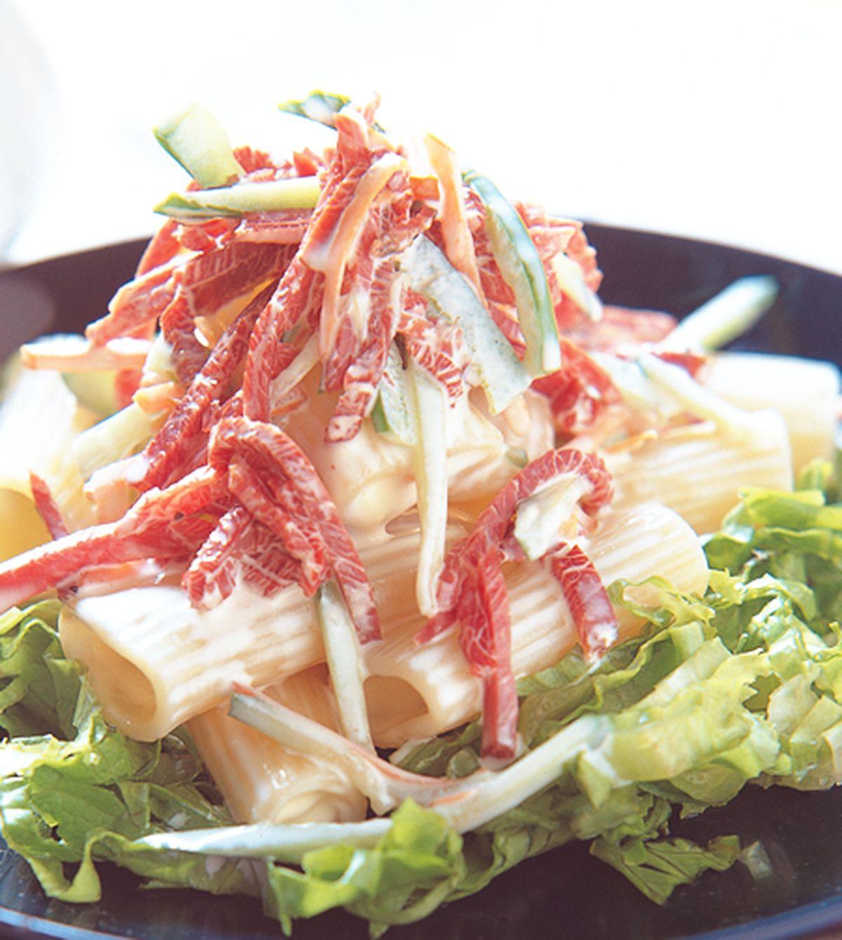 食譜:翠綠火腿沙拉水管麵