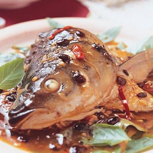 蔭豉燜魚頭