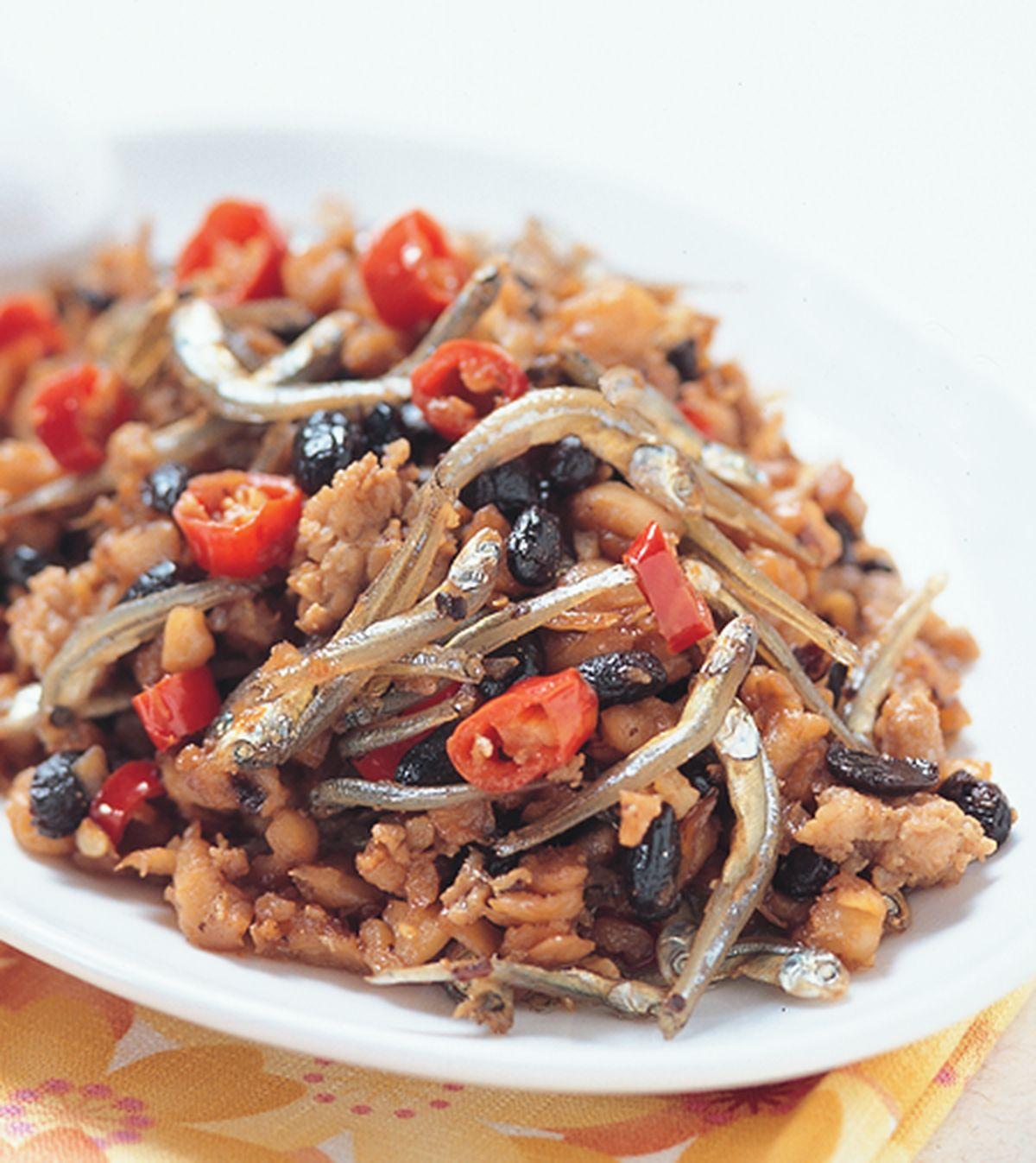 食譜:蘿蔔炒小魚乾