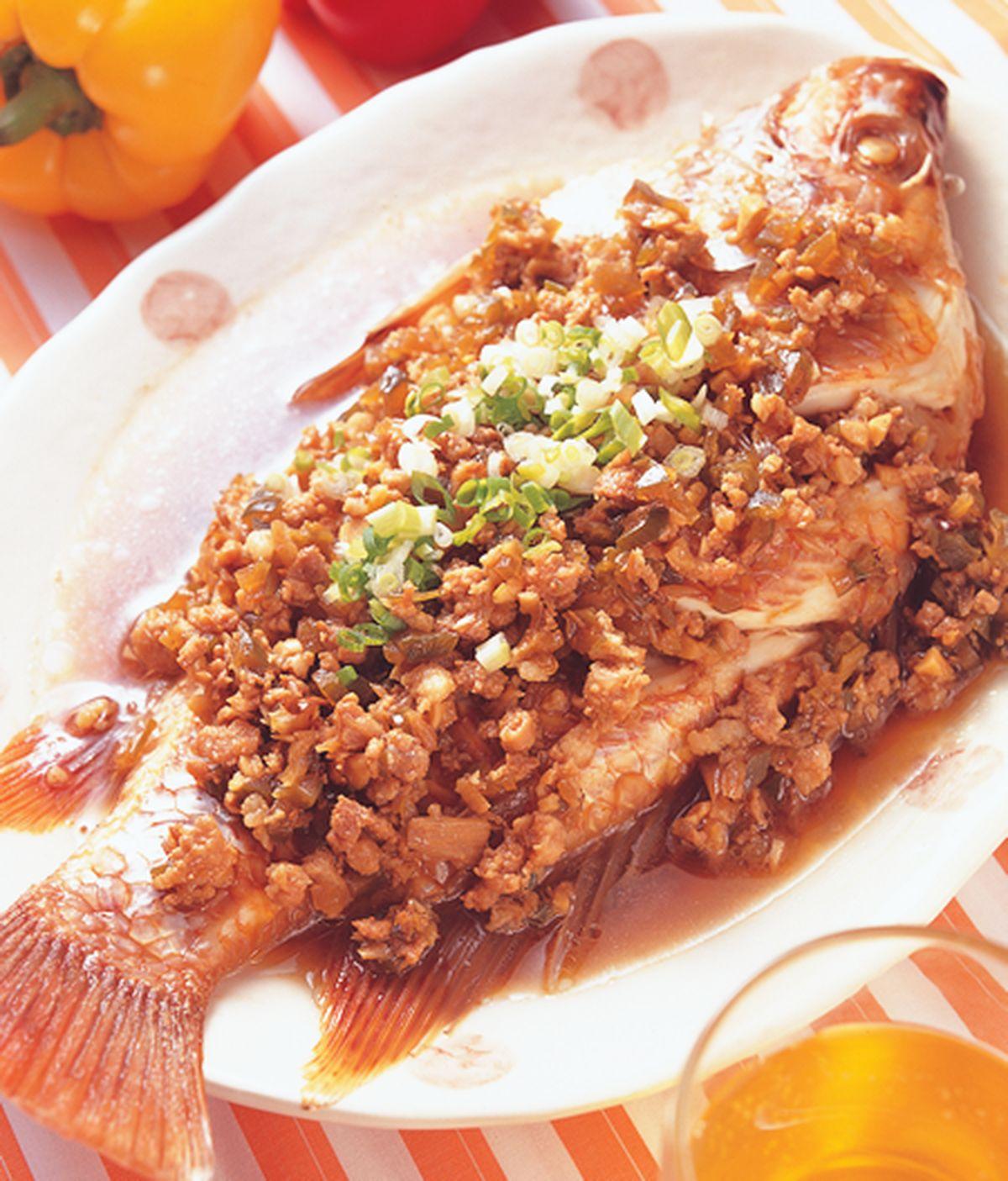食譜:瓜仔肉燥蒸魚